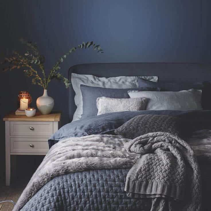 Fall in love with these 5 winter approved bedrooms mecc for Winter bedroom